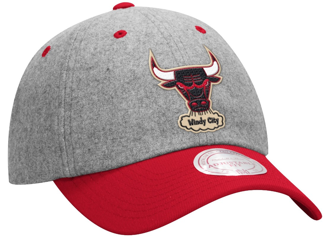 Chicago Bulls Mitchell & Ness NBA Throwback Wool Slouch Adjustable Hat