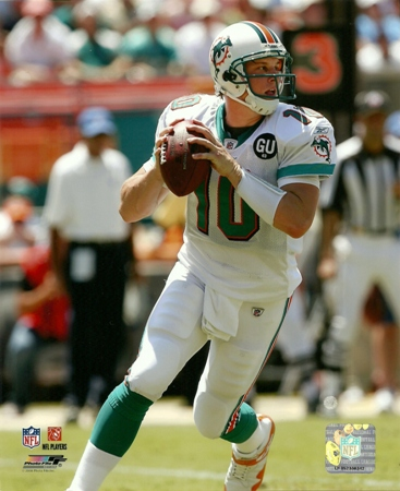 Chad Pennington Miami Dolphins Rolling Out 8x10 Photo